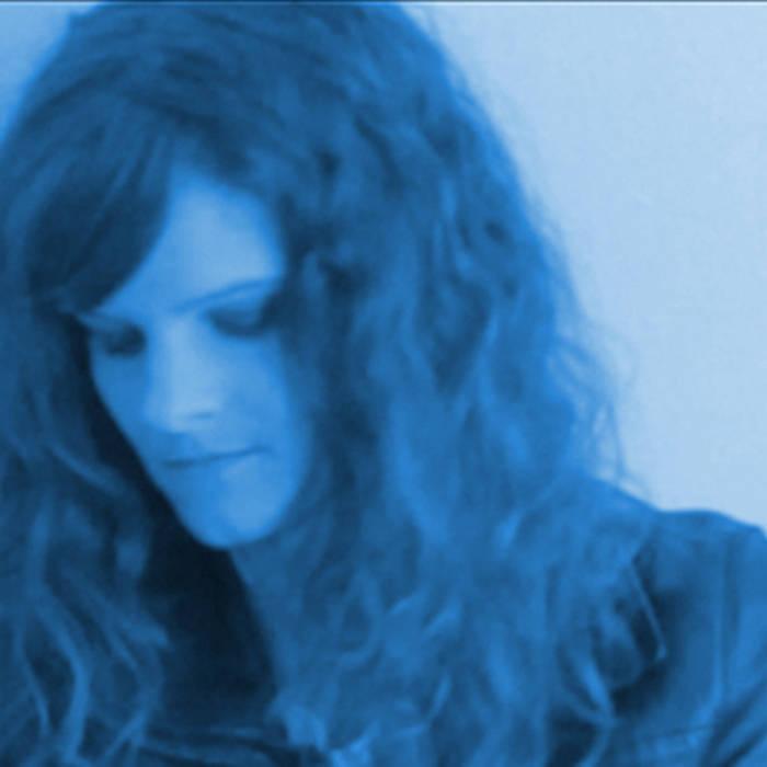 L'amour Est Bleu (Love Is Blue) Exclusive Radio Mix cover art