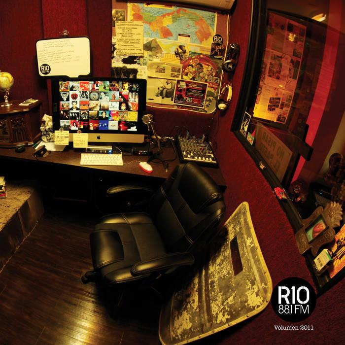 Radio10 - Volumen 2011 cover art