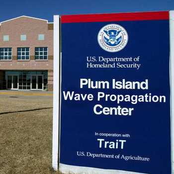 [01014A] Plum Island Wave Propagation Center EP cover art