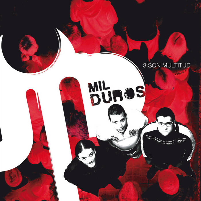 3 son multitud cover art